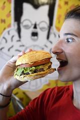 Meating Homemade Burgers - Gávea - Rio de Janeiro - Foto: Alexandre Macieira   Riotur (Riotur.Rio) Tags: brazil tourism brasil riodejaneiro sightseeing gastronomia turismo passeio gastronomy gávea wheretoeat riotur ondecomer alexandremacieira rioguiaoficial rioofficialguide meatinghomemadeburgers