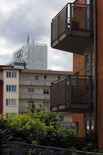 "Zwischen Wiker und  Knorrstraße (03) • <a style=""font-size:0.8em;"" href=""http://www.flickr.com/photos/69570948@N04/19965902892/"" target=""_blank"">View on Flickr</a>"