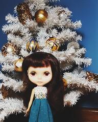 Anouk and her tiny tree