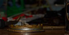 Goutte en suspension (misterblue66) Tags: goutte suspension gouttelette droplet drop peinture paint cuivre kuiper copper 1100d