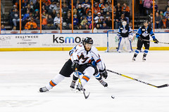 "Missouri Mavericks vs. Wichita Thunder, January 7, 2017, Silverstein Eye Centers Arena, Independence, Missouri.  Photo: John Howe / Howe Creative Photography • <a style=""font-size:0.8em;"" href=""http://www.flickr.com/photos/134016632@N02/32129252871/"" target=""_blank"">View on Flickr</a>"