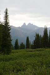 Index & Pilot - 0747 (rbs10025) Tags: absarokabeartoothwilderness beartoothmountains montana backpacking beartoothwilderness indexpeak pilotpeak