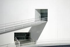 Where to? (Micheo) Tags: granada spain museodelamemoriadeandalucía arquitectura architecture blanco geometría minimalismo albertocampobaeza