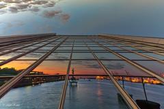 Dockland - 08061503 (Klaus Kehrls) Tags: sonnenuntergang hamburg spiegelung elbe schiffe hamburgerhafen abendrot dockland blauestunde flüsse