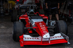 Toyota TF102 @ Goodwood Festival of Speed 2015 (Photo Quintessence) Tags: uk red summer england classic cars car june festival speed canon eos westsussex hill f1 racing nascar toyota motor dslr formula1 fos motorracing goodwood hillclimb festivalofspeed 2015 goodwoodfestivalofspeed wella travelex goodwoodfos 1dx tf102 toyotatf102 canon1dx fos2015