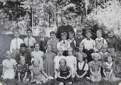 Norra ngby Folkskola, klass 1b, vrterminen 1938 (Olle Sundh) Tags: stockholm norra skola klass bromma svv skolfoto ngby folkskola skolbarn vultejusvgen