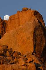Moonrise (Johann van Heerden) Tags: sunset rock moonrise granite namib