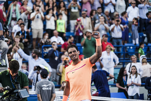 "Rafael Nadal salutes the crowd upon defeating David Goffin • <a style=""font-size:0.8em;"" href=""http://www.flickr.com/photos/125636673@N08/31192919813/"" target=""_blank"">View on Flickr</a>"