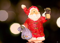 [MM] - Bokeh Holidays (karine_cattier) Tags: macromondays bokehholidays cmwd 7daysofshooting decorative noël christmas bokeh smileonsaturday xmasdeco weeklythemes santaclaus