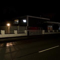 Blöcke (jpk.) Tags: 2017 abend canoneos7d dortmund januar ©janphilipkopka nacht laterne blöcke gewerbegebiet zwischenschienen asphalt