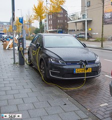 Volkswagen Golf MK7 GTI Electric (seifracing) Tags: volkswagen golf mk7 gti electric seifracing spotting europe rescue transport traffic cars car vehicles voiture police world cops v