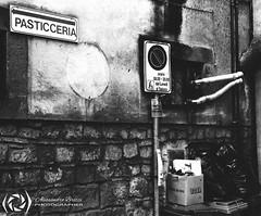 Cakes or rubbish? (Alessandro Brizzi) Tags: alessandrobrizzi analog film filmisnotdead filmphotography ziess ikon nikon f100 super ikonta ilford hp5 black blackandwhite bw biancoenero rollfilm rullino analogico darkroom camera oscura 135 120 medium format