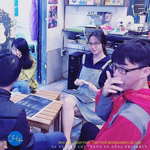 học sinh phan châu trinh đà nẵng - trào lưu boardgame của giới trẻ việt - chuyên san hình ảnh giới trẻ việt ngày nay - cafe boardgame đà nẵng - Hội boardgame shop 46 nguyễn chí thanh