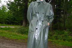 Gummimantel (lulax40) Tags: latex gummistiefel gummianzug latexclothes gummimantel latexslave latexfetisch latexjeans gummisklave latexshirt gummikleidung gummiganzanzug gummimann gummiregenkleidung gummistiefelsbrmackintoshrainweargummigummiregenkleidungrubberfetishrubberslavegummisklave