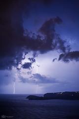 Noche de tormenta (Fran asensio) Tags: mar nightshot nubes tormenta denia montgo tripode fotografianocturna cabosanantonio nocheestrellada stormnight rayosytruenos maravillanatural bahiadejavea