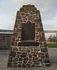 Bannockburn Memorial Cairn (front view) (Leroy Wilson) Tags: scotland robertthebruce robertbruce stirling bannockburn 1314 wallace williamwallace saltire wallacemonument kingrobertthebruce robertthebrucekingofscots standrew bannockburnmemorialcairn bannockburn1314