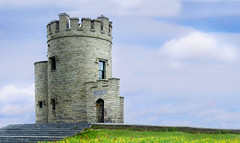 O'Brien's Tower at the Cliffs of Moher , Republic of Ireland (C.L.Quote) Tags: ireland cliffsofmoher obrienstower thegalaxy frameit vivalavida nationalgepgraphic heartawards artofimages buildyourrainbow