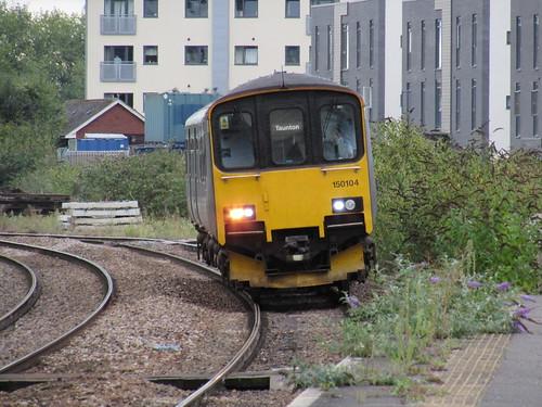 Taunton: FGW Class 150 (Somerset)