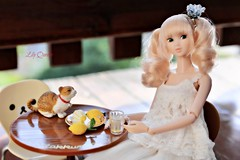A lemonade with Latte ;-D ( Lily Queens ) Tags: latte momoko doll sekiguchi merry go round