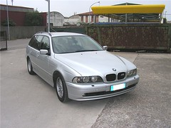 "bmw_525i_00 • <a style=""font-size:0.8em;"" href=""http://www.flickr.com/photos/143934115@N07/31897441046/"" target=""_blank"">View on Flickr</a>"