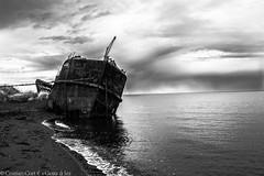 DSCF8312 (kriphoto) Tags: boat barco cloud nubes sea mar aceano contraste black white fujifilm puntarenas patagonia