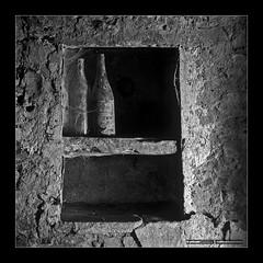 Lagadello III (Emilio Casini) Tags: bw bn bianconero blackwhite hasselblad hasselblad503cx 503cx agfa agfascala200bw scala200 slidesbw slides slide naturamorta light shadow ombra luce lightshadow ombraluce monocromo monochrome astratto surreale minimalismo minimalism noiretblanc
