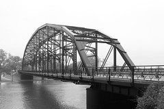 La cruzada (dangr.dave) Tags: waco tx texas downtown historic architecture mclennancounty bridge