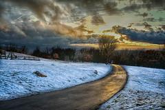 Dia de nieve 4 (agalayo) Tags: nieve camino naturaleza montaña nostalgia soledad atardecer luz reflejo