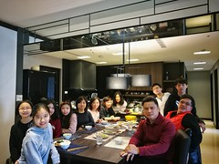 338/365 Taiwanese family who live in Shanghai come to visit us (Alfred Life) Tags: 初四 家 home 青埔 qingpu 台灣 taiwan 太子馥 團體照 groupphoto me 我 徠卡 華為 华为 summarit asph leica leicaduallenses summarith12227asph plus p9 huawei huaweip9plus summarith12227 徕卡 p9p
