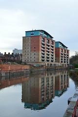 Reflection (lcfcian1) Tags: leicester leicestercitycentre leicestershire reflection water waterreflection river soar waterway riversoar building flats