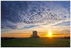 coucher de Soleil sur le Lot (Denis Vandewalle) Tags: clouds nuages sunset sunlight paysage ciel landscape lot midipyrénées occitanie denisvandewalle pentaxk5 hdr coucherdesoleil