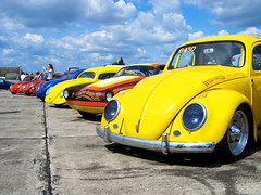 IMG_7443 (Andreas Reinhold) Tags: blue color colour colors vw contrast bug volkswagen colours great beetle racing dragracing ghia kfer karmann aircooled dfl type14 typ14 dasdragday