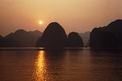 Ha Long Bay, Vietnam (becklectic) Tags: 2004 gold colorful asia seasia surreal sunsets vietnam 100 karst halongbay views100 230countries northvietnam travellersworld 230countriesvietnam worldtrekker 100nat