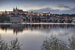 Loving Prague (cuellar) Tags: castle water topc25 architecture 1025fav 510fav river geotagged europa europe nightshot prague praha praga 100v10f cuellar 2550fav citylights castillo nikond200 geo:lat=50083692 geo:lon=1441329