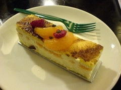 Cheese Cake with Mandarin (VLKR) Tags: food mobile k750i sonyericsson cheesecake starbucks mandarin mongkok