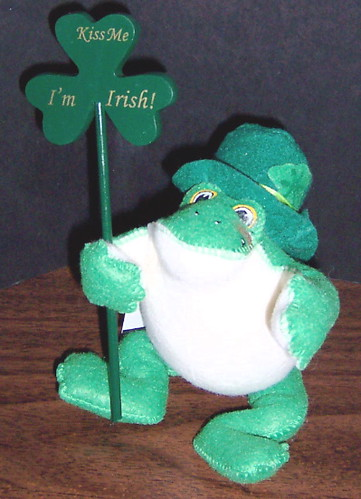 "Annalee - 4"" Irish Frog by KenCalvino"