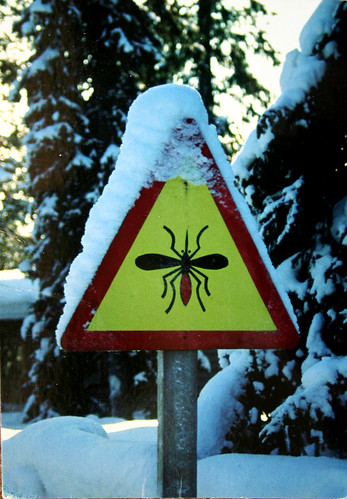 Señal de precaucion: mosquitos