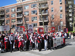 Mimes Protest (themarkpike) Tags: nyc washingtonsquarepark protest commercial mime mimes virginmobile silentprotest