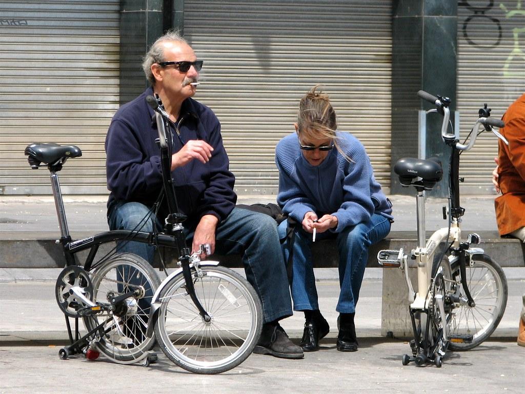 Le Brompton, le vélo, et autres plaisirs minuscules 132888285_f3729de83d_b