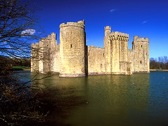 Bodiam Castle, East Sussex (laszlo-photo) Tags: england castle norman eastsussex bodium freeforcommercialuse