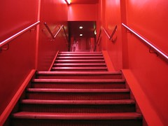 Scala staircase, @ Kieran Hebden/Steve Reid, Scala, London 27-04-06 (DG Jones) Tags: red london stairs room livemusic n staircase scala venue freudian bestonesdgjones