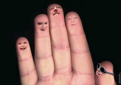 The Finger Family (digikuva) Tags: family manipulated finland europe hand finger heiluht 600 thefingerfamily clevercreativecaptures hl5749875