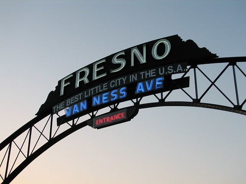 Fresno Sign on old 99