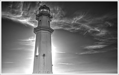 Lighthouse, Newhaven Harbour, Edinburgh (dhansak79) Tags: sky bw lighthouse 350d scotland edinburgh harbour 500v50f newhaven 1740l scoopt newhavenharbour 87points interestingness32 i500 fdrtools experience6 p1f1