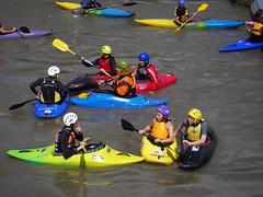 kayak boys (COLORY) Tags: game boys water river kayak play pau colory
