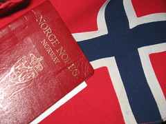 Norway (Mazda6 (Tor)) Tags: red norway norge flag pass passport noreg