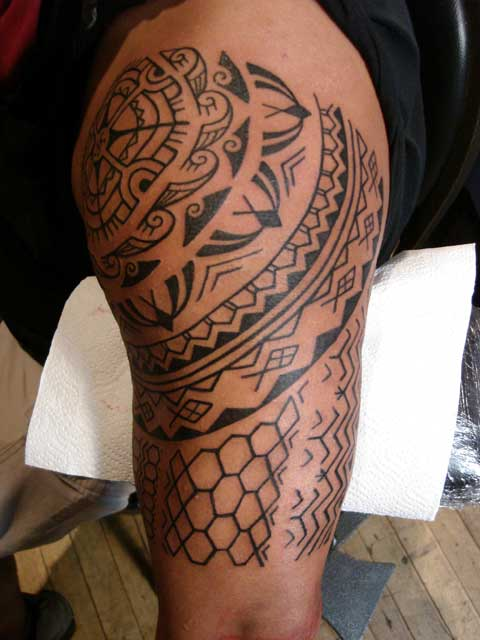 Filipino Flag Tattoo Pictures Groups appears in: • Filipino Tattoos and
