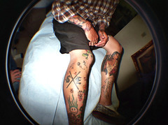 Lomofied: Blindfolded Skull Tattoos (TRUE 2 DEATH) Tags: friends tattoo skulls skull crazy lomo lomography friend leg toycamera fisheye straightedge sxe lomofisheye outerlimits ssgc blindfoldedtattoo
