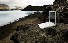 macbook enjoys the Blue Lagoon (mikefranklin) Tags: apple beautiful macintosh iceland d70 may 2006 nikkor 1735mmf28d  bluelagoon blalni iwantthat macbook