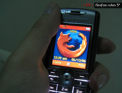Thumb Meme: ¿Qué celular tienes?